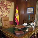 Wenn die Arbeit ruft, zieht König Felipe sich in sein Büro zurück.