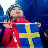 """Februar 2015  Estelle ist bei den """"Nordic World Ski Championships"""" dick eingepackt - nur ihre Zunge streckt sie raus, um zu probieren, wie der Schnee schmeckt."""