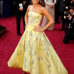 Alicia Vikander zählte zu den absoluten Gewinnerinnen des Abends. Ihr romantisches, aber modernes Kleid von Louis Vuitton und der Preis als beste Nebendarstellerin verliehen der Schwedin das besondere Etwas.