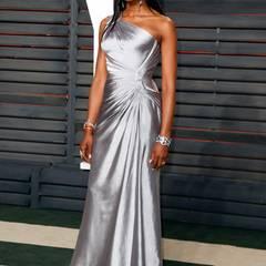 Klassisch in Silber?! Von Supermodel Naomi Campbell hätten wir uns etwas Ausgefalleneres gewünscht.