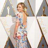 Ziemlich tierisch geht es auf dem Kleid von Schauspielerin Juliet Rylance zu. Highlight dieses gewöhnungsbedürftigen Modells ist definitiv der Rückenausschnitt.