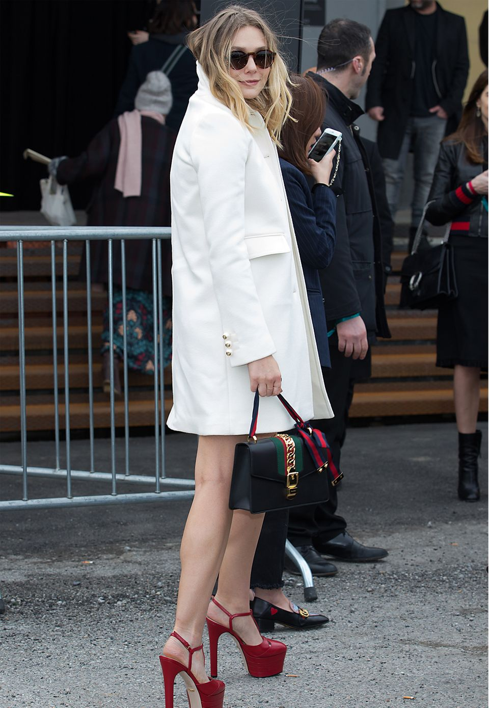 Elizabeth Olsen ließ sich die aufregende Herbst/Winter-Kollektion von Gucci in Mailand nicht entgehen.