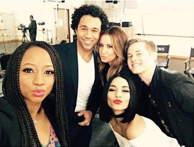High School Musical  Vanessa Hudgens freut sich über die kleine HSM-Reunion zehn Jahre nach der Erstausstrahlung.
