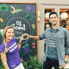 """""""Eat good, feel good & stay good"""": Das ist das Motto von Novak Djokovic und seiner Frau Jelena. Die beiden haben ein Restaurant eröffnet."""