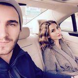 Schauspielerin Sila Sahin scheint eine Schwäche für Fußballer zu haben. Aktuell ist sie mit Samuel Radlinger blitzverlobt nach nur ein paar Monaten Beziehung.