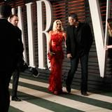 Hand in Hand kommen Gwen Stefani und Blake Shelton zu der Vanity Fair Party.