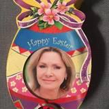 Mit dieser Collage wünscht Maren Gilzer ihren Fans auf Facebook einen fleißigen Osterhasen.