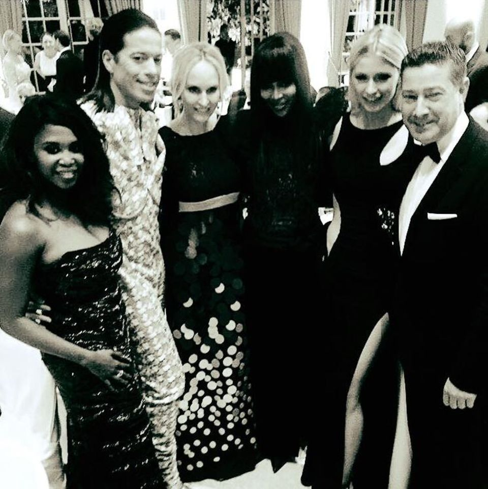 3. April 2016: Jorge Gonzalez genießt die Spa-Awards mit Motsi Mabuse, Anne-Meyer-Minnemann, Naomi Campbell, Lena Gercke und Joachim Llambi.