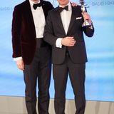 """GALA Spa Awards 2016: Frank Marrenbach (CEO der Oetker Collection und geschäftsführender Direktor des Brenners Park-Hotel & Spa) gratulierte Jean Claude Messant. Sein Hotel """"Royal Mansour"""" in Marokko wurde mit dem """"Luxury Hotel City/Resort""""-Award ausgezeichnet."""