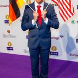 Comedian Oliver Pocher tritt als Donald Trump auf.