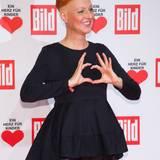 """Das ist eine Herzenssache für die Schauspielerin: Hendrikje Fitz ist Stammgast auf der """"Ein Herz für Kinder""""-Spendengala in Berlin im Dezember 2015."""