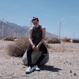 Auch Brooklyn Beckham ist in die Wüste gereist.