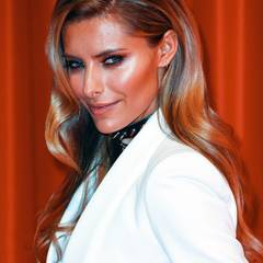 """Mit weichen Hollywood-Wellen bezauberte Sophia die Gäste der """"Eine Herz für Kinder""""-Gala in Berlin."""