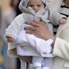 Nach Baby-Prinz Oscar hielten alle Ausschau. Für den Geburtstag von Opa Carl Gustaf hat er sich besonders fein herausgeputzt.
