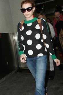 Taylor Swift + Tom Hiddleston: Emma Roberts entschied sich auf der Met Gala für eine Desigerrobe. Zurück ging es natürlich im Casual-Look.