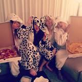 Met Gala 2016: Direkt nach der Party lud Superstar Taylor Swift zu einer privaten Pyjama-Party inklusive Pizza-Essen ein.