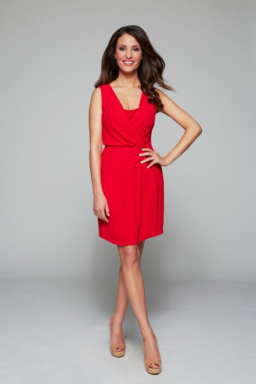 """Lady in Red! Nadine Menz ist seit 2014 die Nachfolgerin von Sila Sahin als """"Ayla Höfer""""."""