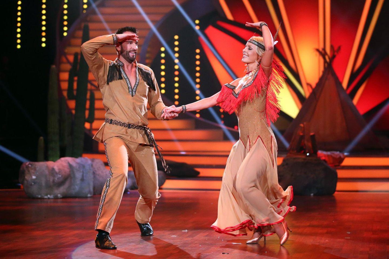 Let's Dance 2016: Auf Wiedersehen heißt es für Schlagerkönig Michael Wendler und Isabel Edvardsson in Sendung Nummer sechs. Zu wenig Punkte der Jury und zu wenige Anrufe der Zuschauer.