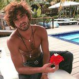 Marlon Teixeira:Ein brasilianischer Naturbursche. Wenn er nicht modelt (z. B für Tommy Hilfiger), findet man ihn in der Wildnis oder am Strand. Achtung, beim Scrollen seines Accounts besteht akute Verbrennungsgefahr.