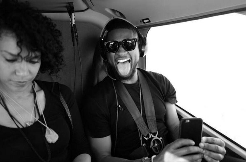 Usher und seine Frau Grace Miguel werden mit dem Hubschrauber eingeflogen.