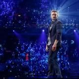 """Für einen Überraschungsmoment sorgt Justin Timberlake. Er präsentiert in der Votingpause seinen neuen Song """"Can't Stop the Feeling""""."""