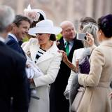 30. April 2016  Prinzessin Mary macht ein Foto von Prinz Oscar.