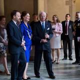 30. April 2016: Rathaus-Lunch  König Carl Gustaf umgeben von Gästen im Rathaus.