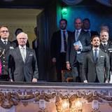 25. April 2016  Mit einem zum Thema Ostsee startet die Geburtstagswoche des Königs. Im königlichen Theater mit dabei sind - neben Königin Silvia - Prinz Carl Philip und Prinz Daniel.
