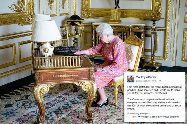 """21. Juni 2016  Von Windsor Castle aus bedankt sich die Queen via Instagram und Facebook bei den vielen Gratulanten, die ihr auf diesem Weg beste Wünsche übermittelt haben. Unterschrieben ist der Post mit """"Elizabeth R"""". Und um keine Zweifel aufkommen zu lassen, gibt es das Foto der Queen vor dem Tablet dazu - und bei Twitter den Hinweis """"Diese Nachricht wurde von Ihrer Majestät der Königin persönlich gesendet."""""""