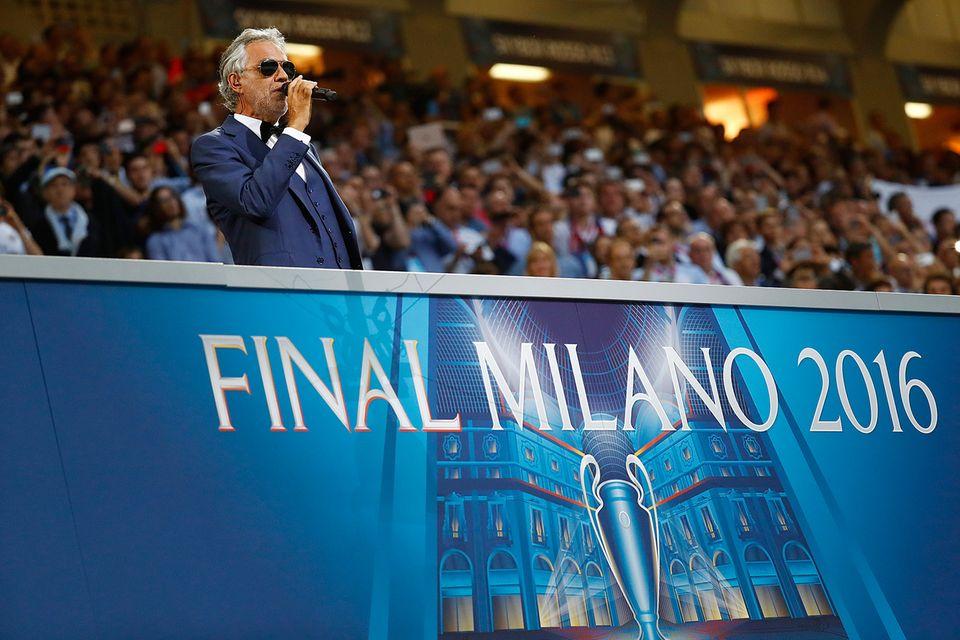 Und auch Opernstar Andrea Bocelli begeisterte mit seiner Stimme.