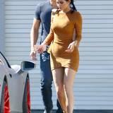 Ob er ein Waffenschein hat? Auf jeden Fall ist er groß und stark und der perfekte Begleiter, um Kylie Jenner zu schützen.
