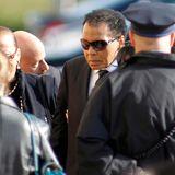 November 2011  Sein Kampf gegen Joe Frazier ging in die Geschichte ein. Alis Boxgegener stirbt am 7. November. Sieben Tage später kommt er zu dessen Beerdigung in Philadelphia.