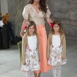 Maline Sommerlath mit Chloé und Anaïs, die Blumenmädchen waren bei Prinz Carl Philips Hochzeit im letzten Jahr.