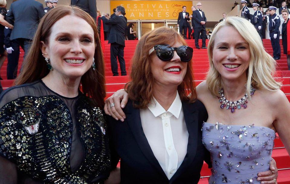 Juliane Moore, Susan Sarandon und Naomi Watts sind am Eröffnungstag bester Laune.