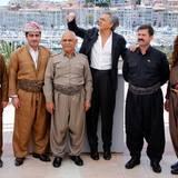 """Bernard-Henri Levy, französischer Philosoph, Schriftsteller und Regisseur stellt seinen Film """"Peshmerga"""" vor und hat als Unterstützung einiger Schauspieler."""