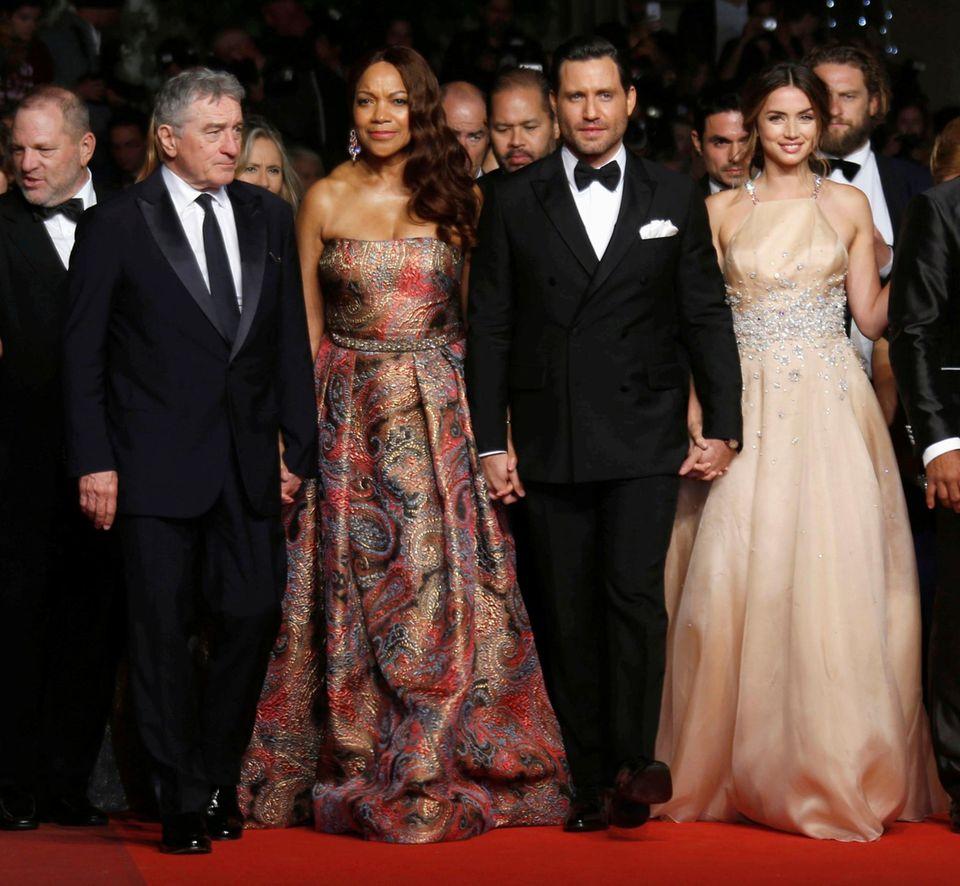 """""""Hand of stone"""" Darsteller Ana de Armas, Edgar Ramirez, Robert De Niro und seine Frau Grace Hightower vertreten den Film auf dem Filmfestival."""