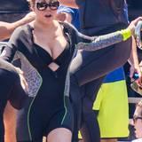 So sieht es aus, wenn Mariah Carey ihr Dekolleté nicht der Schwerkraft überlässt.