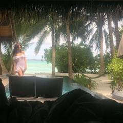 Tag 2  Nach einer erholsamen Nacht erkundet Sila das wunderschöne Urlaubsresort.