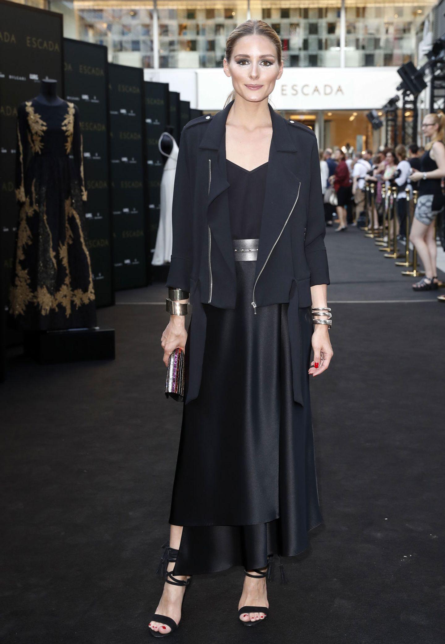 Internationalen Model-Flavour bringt It-Girl Olivia Palermo aus New York mit an die Düsseldorfer Königsalle 30.