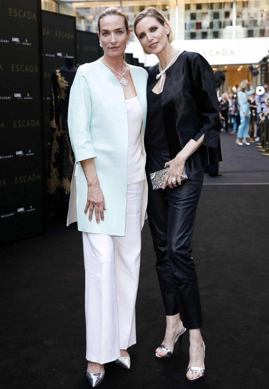 Glamour und Präsenz sind unabhängig vom Alter, das zeigen Tatjana Patitz und Nadja Auermann, von denen zum Beispiel Starfotograf Peter Lindbergh in den Neunzigern unvergessliche Fotos gemacht hat.