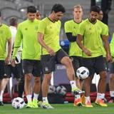 Mats Hummels trainiert endlich wieder mit seinen Teamkollegen und wir hoffen, dass er auch am ersten Spieltag mit aufgestellt wird.