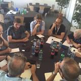 Vor dem Klassiker im Viertelfinale gegen Italien, lässt sich Thomas Müller von den Medienvertretern noch ordentlich Löcher in den Bauch fragen.