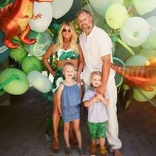 30. Juni 2016  Ace Knute feiert heute seinen 3. Geburtstag. Mama und Papa schmeißen eine Dino-Party für ihren Spross.