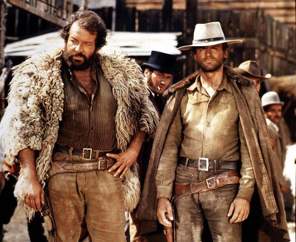 """1970  Unvergessen: Bud Spencer und Terence Hill als Bambino und Trinity in """"Die rechte und die linke Hand des Teufels""""."""