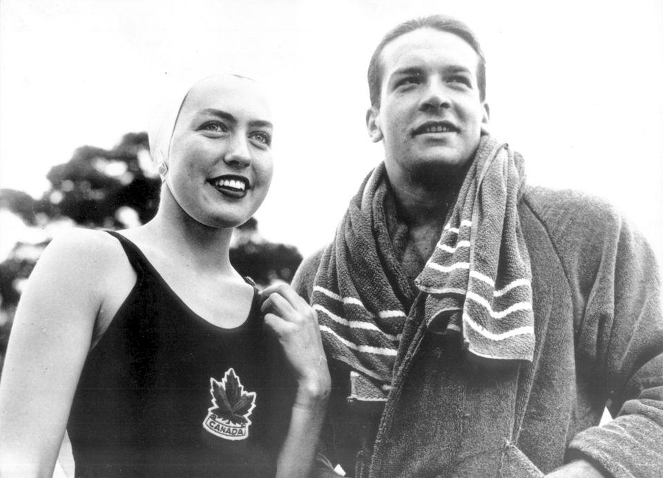 1952  Bud Spencer wird als Carlo Pedersoli in Neapel geboren. Im Alter von 23 Jahren nimmt er an den Olympischen Sommerspielen in Helsinki teil. Neben ihm freut sich die kanadische Schwimmerin Irene Strong.
