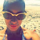 Leona Lewis sendet ein Selfie vom Strand.