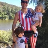 Perez Hilton macht an diesem besonderen Tag einen Ausflug mit seinen Kindern.