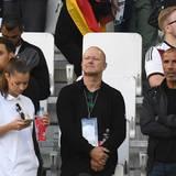 Sami Khedira ?s Bruder Rani (links) und Vater Lazhar (rechts) lassen sich das Viertelfinal-Spiel gegen Italien nicht entgehen.