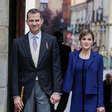 Händchen halten in der Öffentlichkeit? Was bei anderen Königspaaren tabu ist, zeigen Felipe und Letizia immer wieder. So auch im April 2016.
