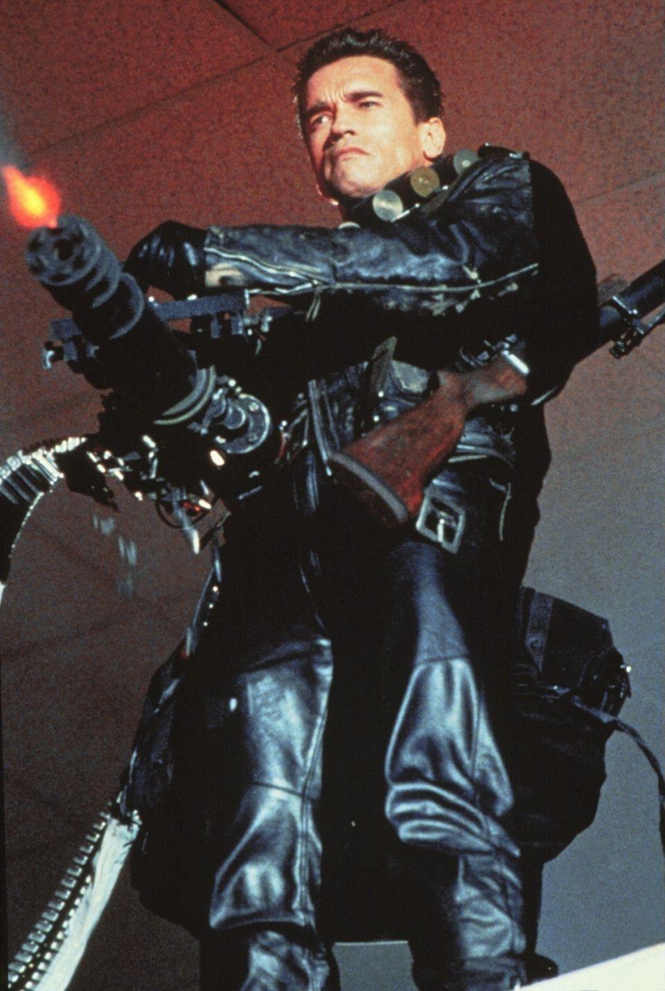 Arnold Schwarzenegger in seiner wohl bekanntesten Rolle: Als wortkarger Cyborg aus der Zukunft ballert er sich in die Herzen der Action-Fans.